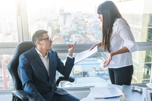 上司にはたてつくな?無能な上司に耐えられなくなったらさっさと会社を辞めるべき